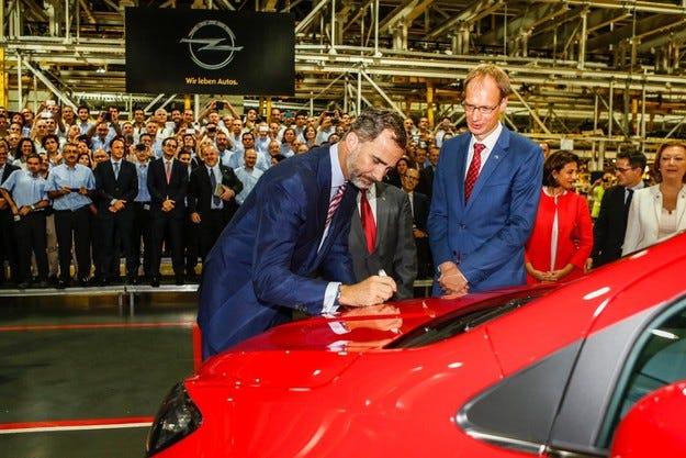 Първият Opel Mokka слезе от линията в Сарагоса