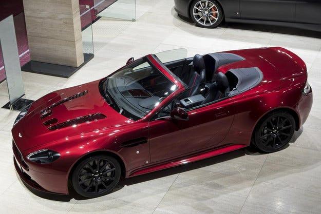Aston Martin създаде най-бързия роудстър в историята