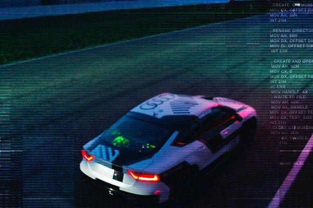 Пускат на пистата версия на Audi RS7 с автопилот