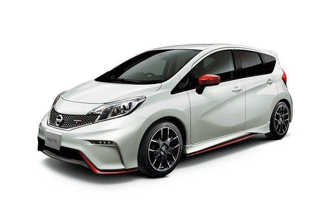 """Nissan разсекрети """"горещия"""" хечбек Note Nismo"""