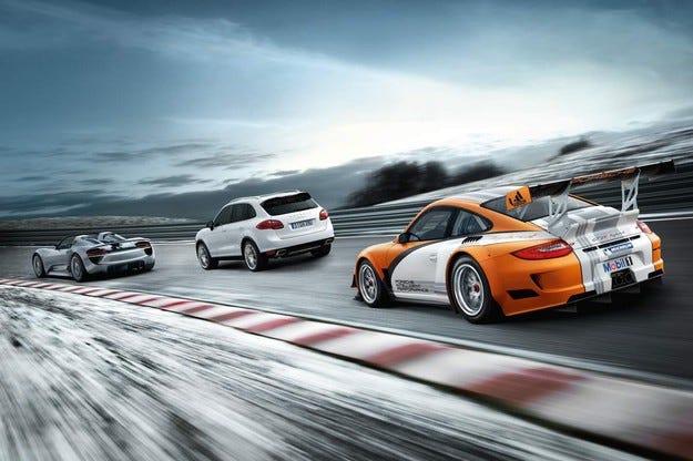 Porsche Macan и спортният 911 няма да бъдат хибридни
