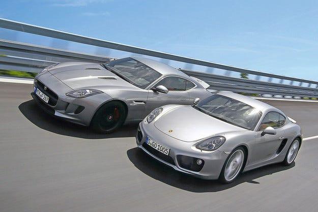 Jaguar F-Type 3.0 V6 Coupé срещу Porsche Cayman S