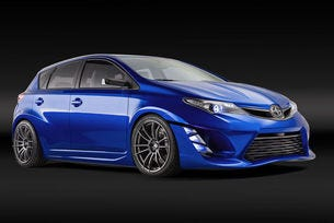 Scion iM: Автомобил за динамични младежи