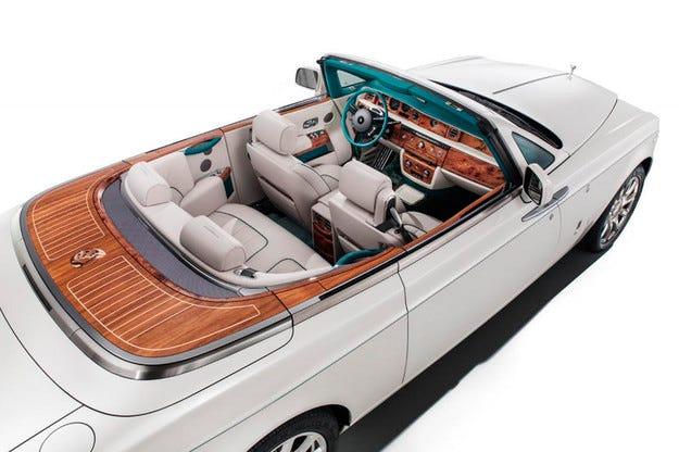 Rolls-Royce представи кабриолет специално за Индия