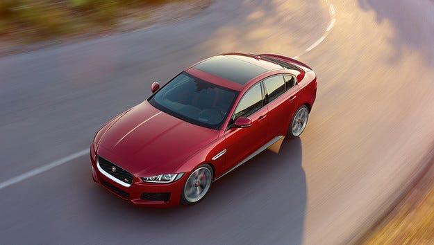 Jaguar се готви за електрификацията с EV-Type