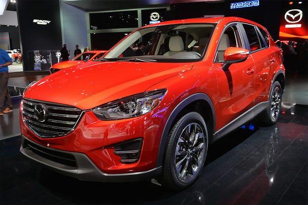 Японската компания Mazda обнови кросоувъра CX-5
