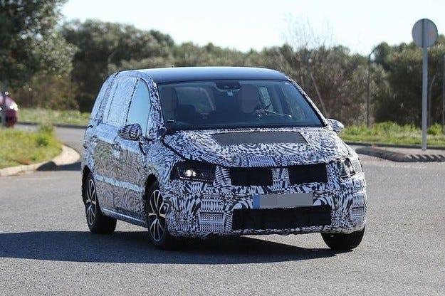 Новият VW Touran дебютира на салона в Женева