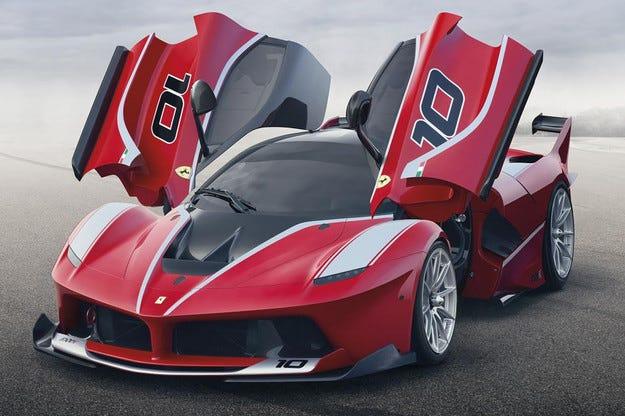 Ferrari представи най-мощния си спортен автомобил