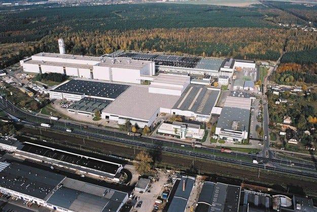 Първа копка на нов завод на Volkswagen в Полша