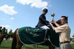 Mariann Hudyecz - Унгария, спечели индивидуалния приз Jaguar