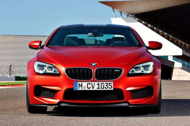 BMW представя обновената фамилия на Серия 6