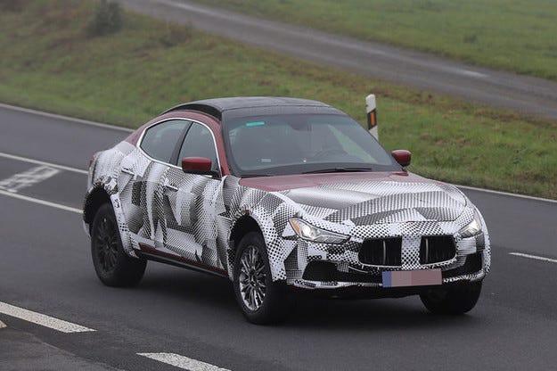 Всъдеходът Maserati Levante стартира през 2015