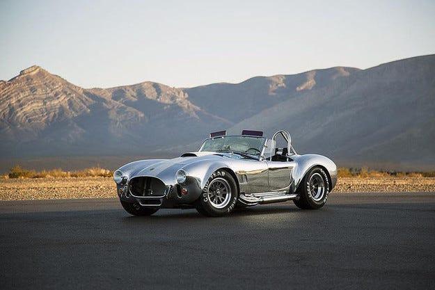 "Shelby 427 Cobra: Лимитиран ""кух"" юбилеен модел"