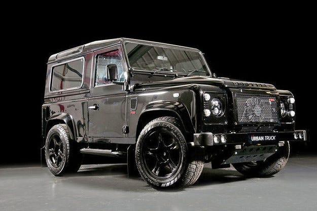 Land Rover Defender Tuning е бегач на тежки терени
