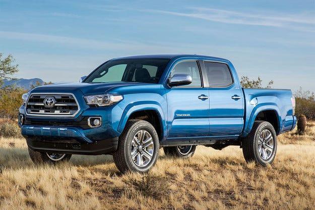 Toyota представи малкия ръбест пикъп Tacoma в Детройт