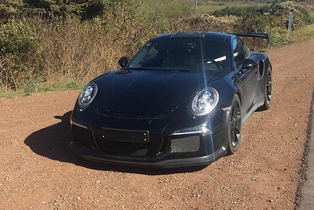 Porsche 911 GT3 RS ще получи мотор с 500 коня