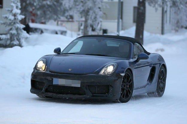 Porsche Boxster RS на зимни тестове в Далечния север