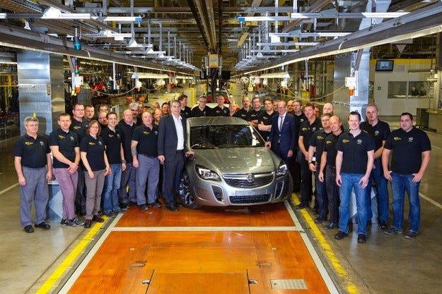 Дебют в завода в Рюселсхайм: Първата Insignia за Holden