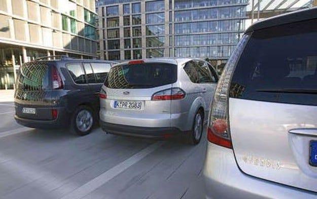 Ford S-Max, Mitsubishi Grandis, Renault Espace