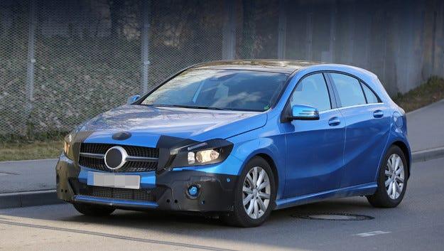 Mercedes ще разкрие обновения хечбек A-класа през август