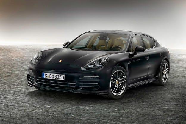 Компанията Porsche показа специална версия Panamera