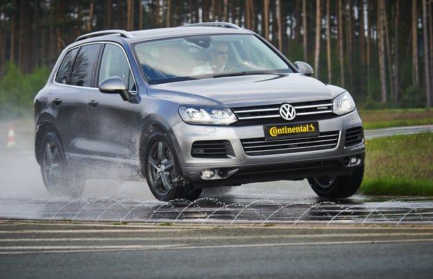 Continental вече предлага и гуми за електромобили