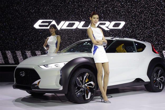 Hyundai разсекрети концептуалния кросоувър Enduro