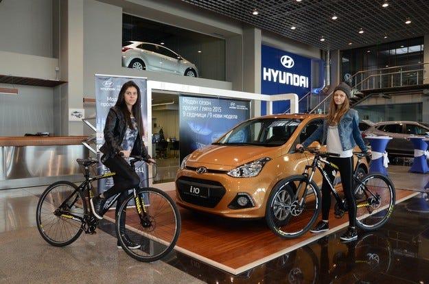 """Hyundai i10 дефилира по модния подиум на """"Индустриал Комерс"""""""