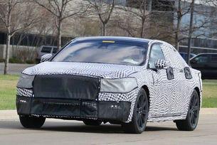 Lincoln Continental: Лимузината стартира през 2016