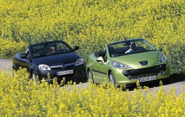 Opel Tigra срещу Peugeot 207 CC