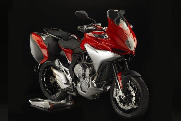 MV Agusta представя  мотоциклета Turismo Veloce 800 у нас