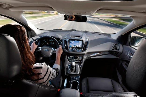 Ford оборудва Fiesta и Escape с нова мултимедийна система
