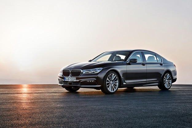 Официално: Всички подробности за новия BMW Серия 7