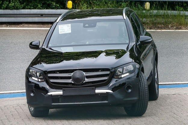 Mercedes GLC: Наследникът на GLK напредва стабилно