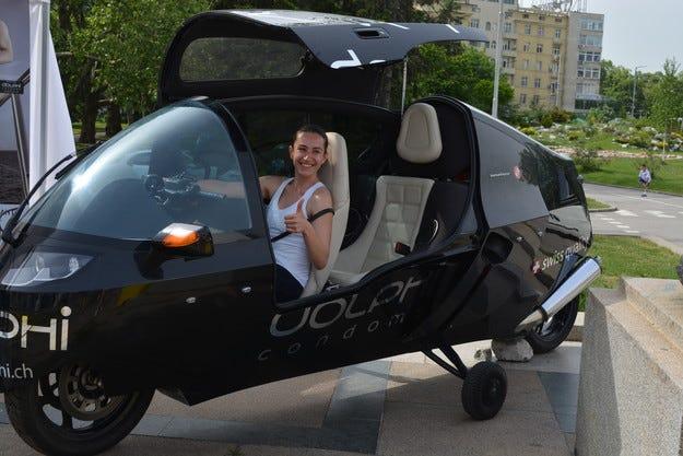 """Мотоциклетът """"DOLPHI"""" PARAVES с кабина MonoTracer® и техника на BMW впечатлява и у нас"""