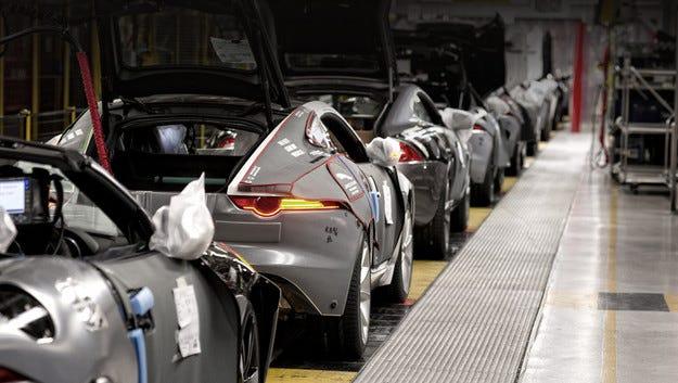 Jaguar Land Rover ще строи нов завод в Източна Европа