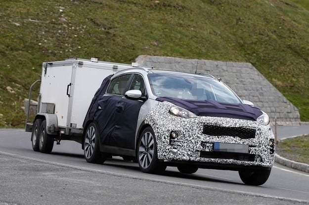 Kia Sportage (2016): Нов корейски SUV с китайски дизайн