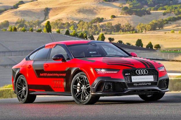 Audi обнови най-бързия безпилотен автомобил в света