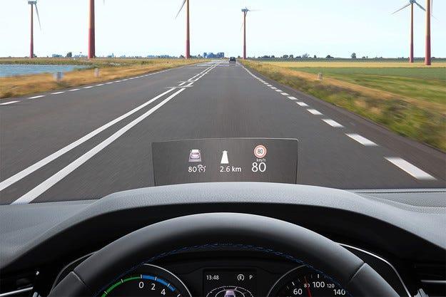 Новият Volkswagen Passat получи дискплей head-up