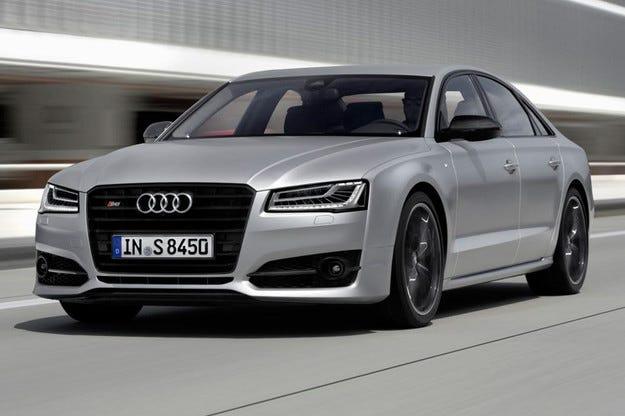 Компанията Audi разкри топ версията на седана A8