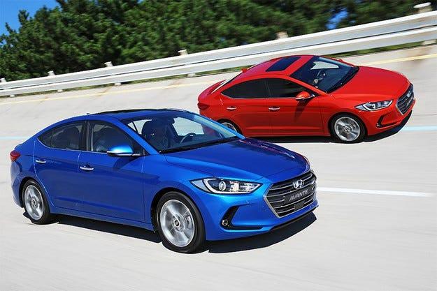 Hyundai разкри новото издание на седана Elantra