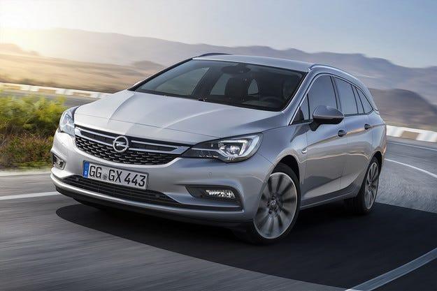 Opel Astra Sports Tourer дебютира на световния подиум