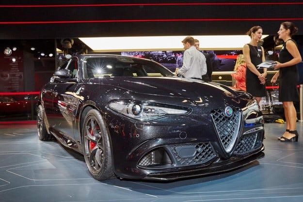 Alfa Romeo заведе във Франкфурт топ версията на Giulia