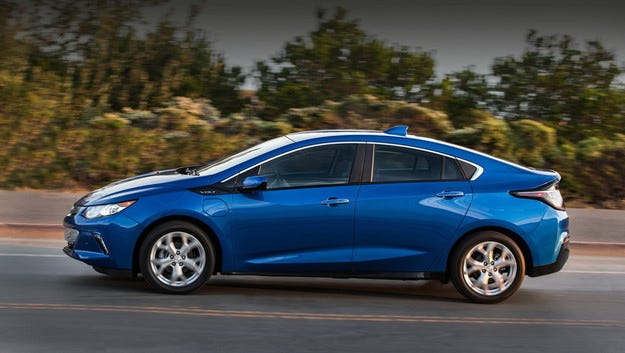 Автономният хибрид Chevrolet Volt тръгва догодина