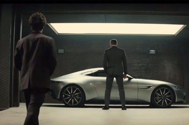 Aston Martin DB10: Снимки и видео на новата кола на Бонд