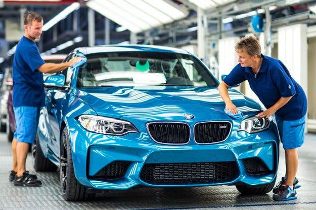 BMW започна производството на спортното купе M2