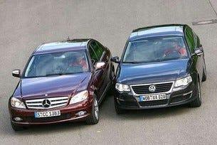 Mercedes C 220 CDI срещу VW Passat 2.0 TDI
