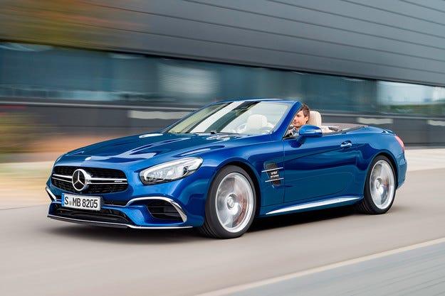 Компанията Mercedes-Benz разкри обновения роудстър SL