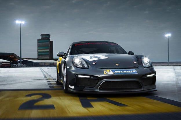 Дебют на Porsche Cayman GT4 Clubsport в Лос Анжелис