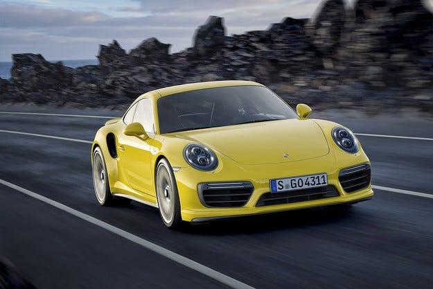 Porsche представи обновена версия на 911 Turbo